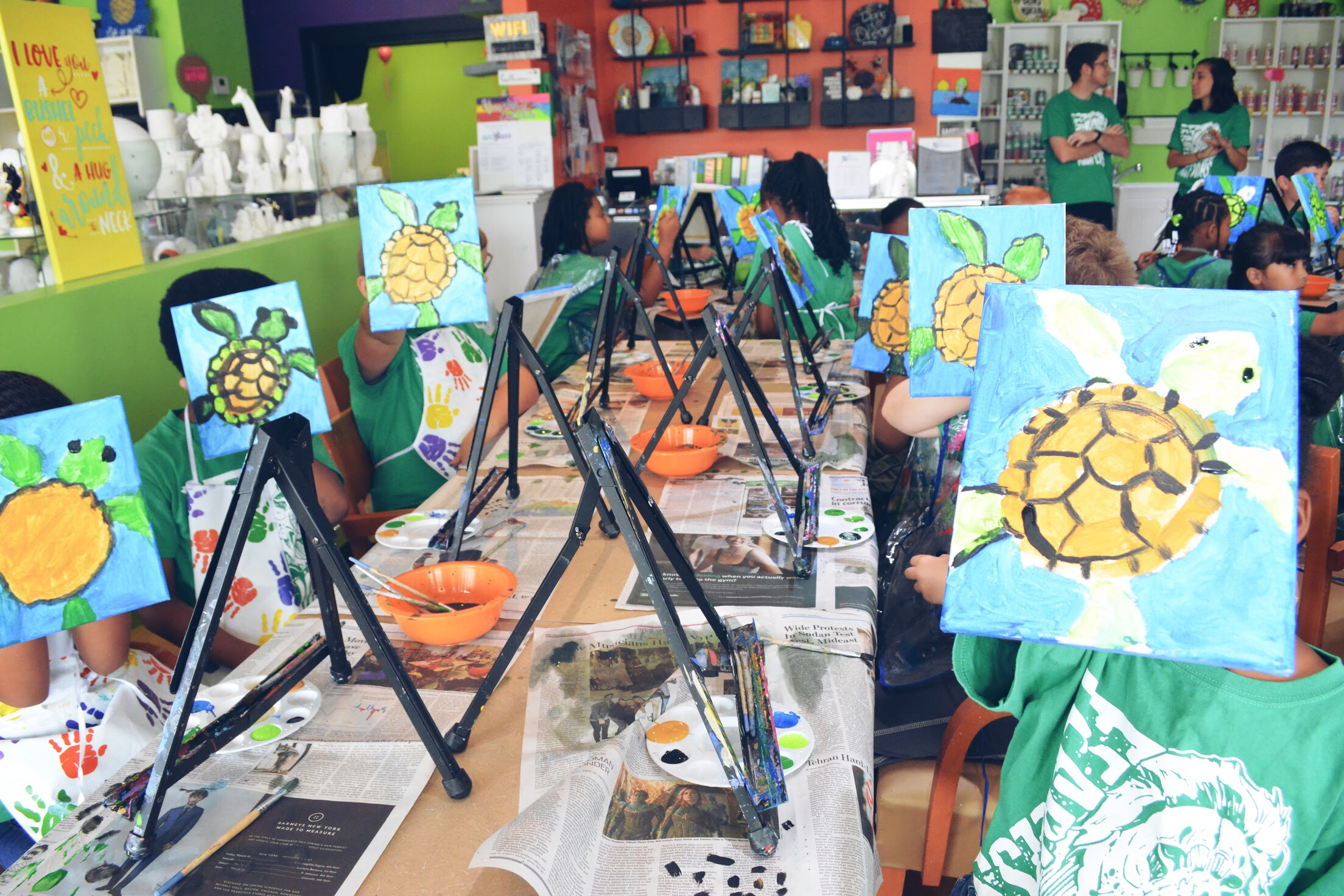 Grup Canvas Painting at the Creativity Cafe